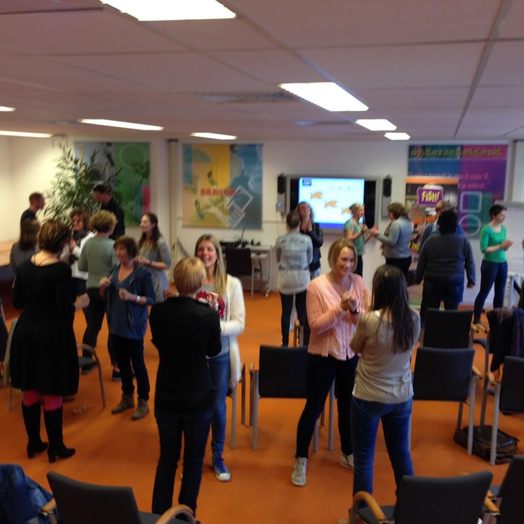 interactieve oefening energie plezier en communicatie teamtraining